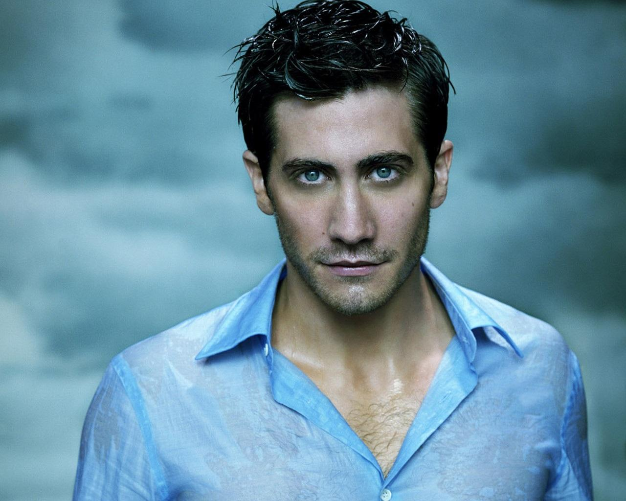 jake-gyllenhaal-sexy-wet-chest-body-1376